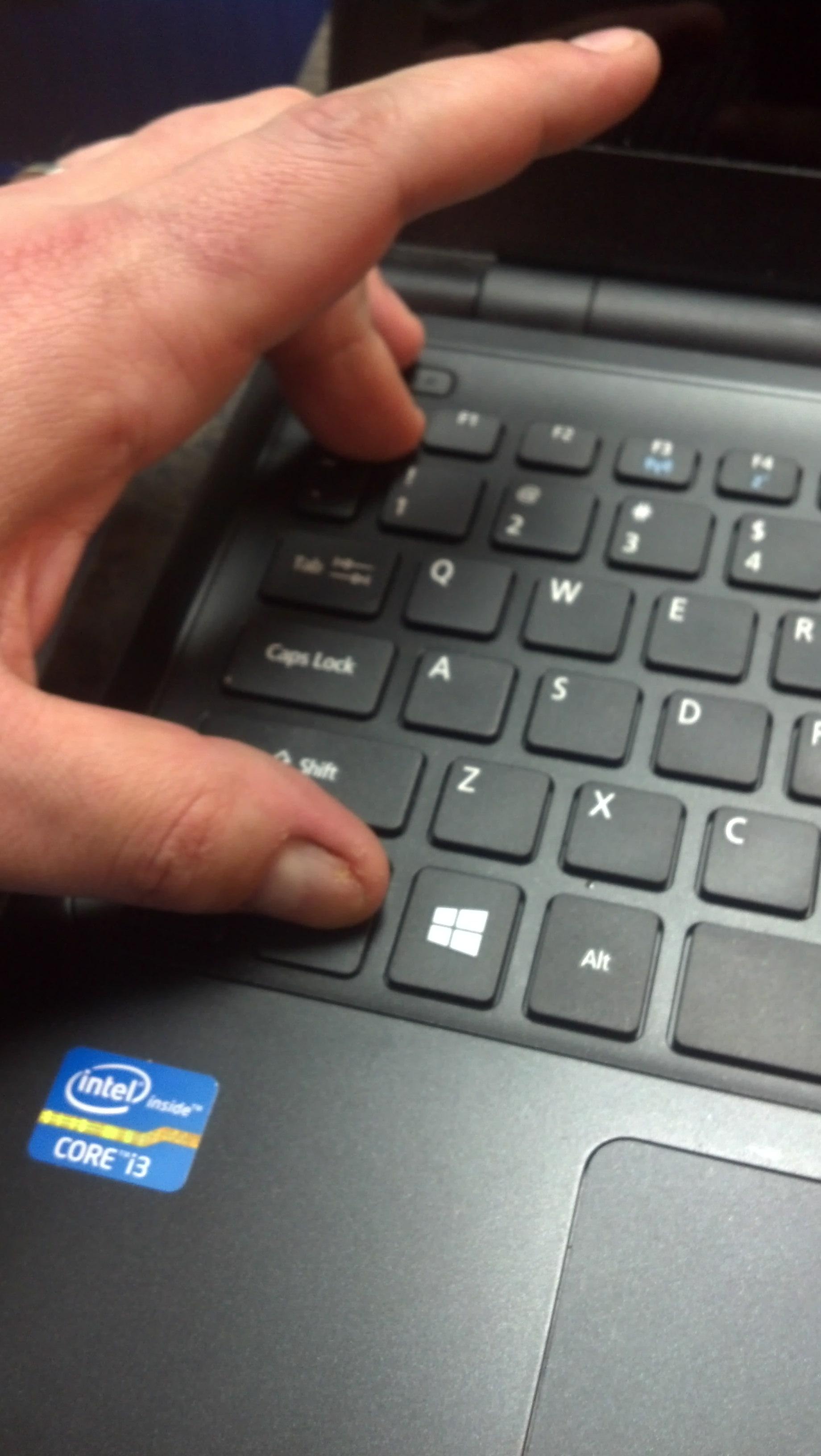 Почему не работает стрелка на ноутбуке